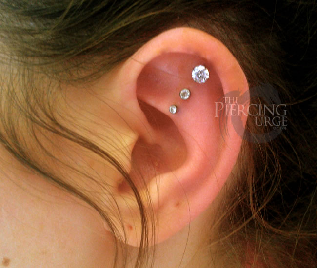 multiple-piercings-in-ear